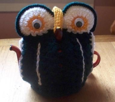 owl tea cosy b- effie summers, nee jestrimski