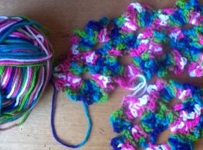 queen anne's lace - scarf 1b - stitchedupmama 2013